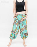 Summer Cropped Pants 4/5 Length Comfortable Crinkle Cotton Hibiscus Flower Beach Islander Capri Green front