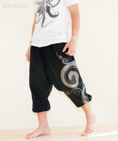 Hippie Pants - Ancient Warrior 4/5 Length Harem Capri Pants Kanok Swirl Design (Black)