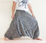 Hippie Pants - Harem Baggy Aladdin Unisex Pants Smocked Waist (Black Broken Rock)