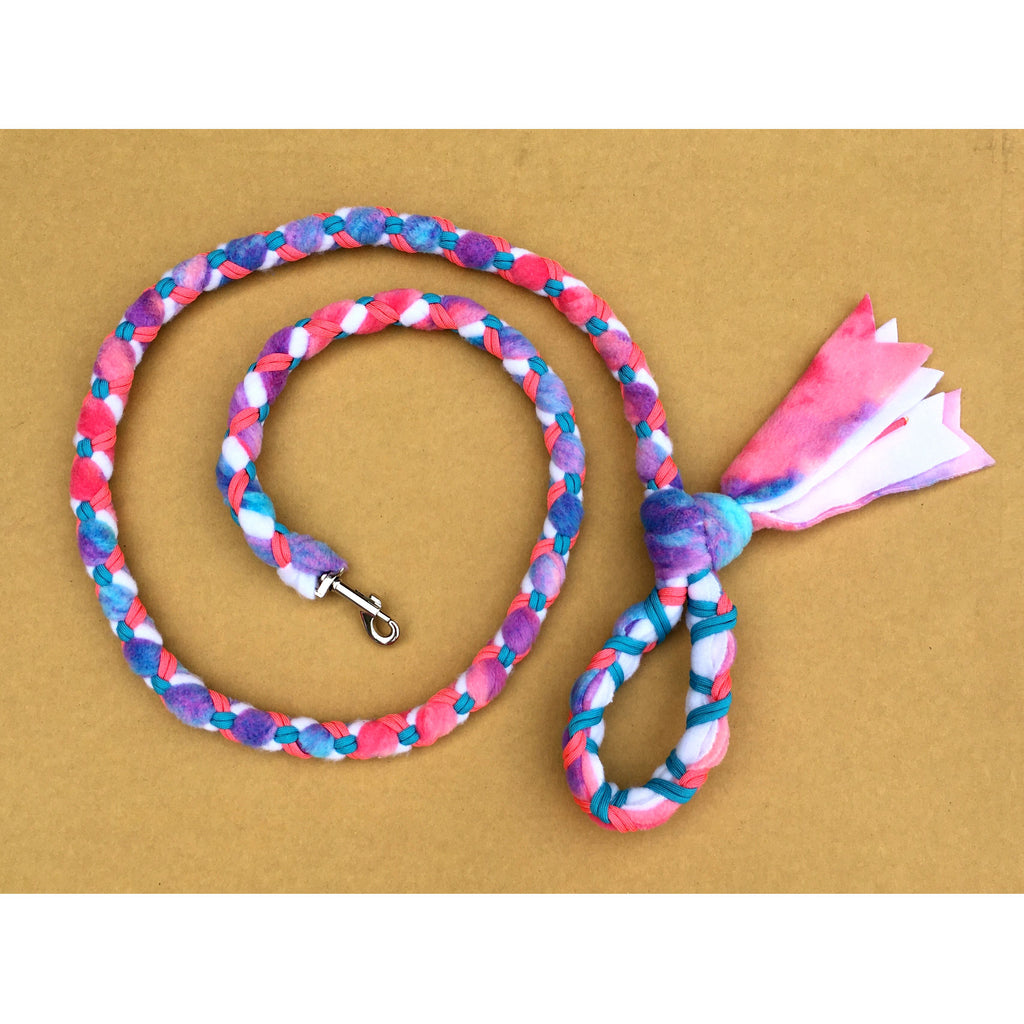 Hand Braided Dog Tug Leash with Clasp, Fleece and Paracord for Walking, Agility or Flyball Pastell over White with Pink and Teal