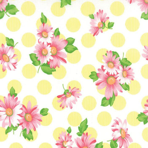 Fabric Moda Sew & Sew by Chloe's Closet - Floral Doopsy Daisey in Lemon Drop