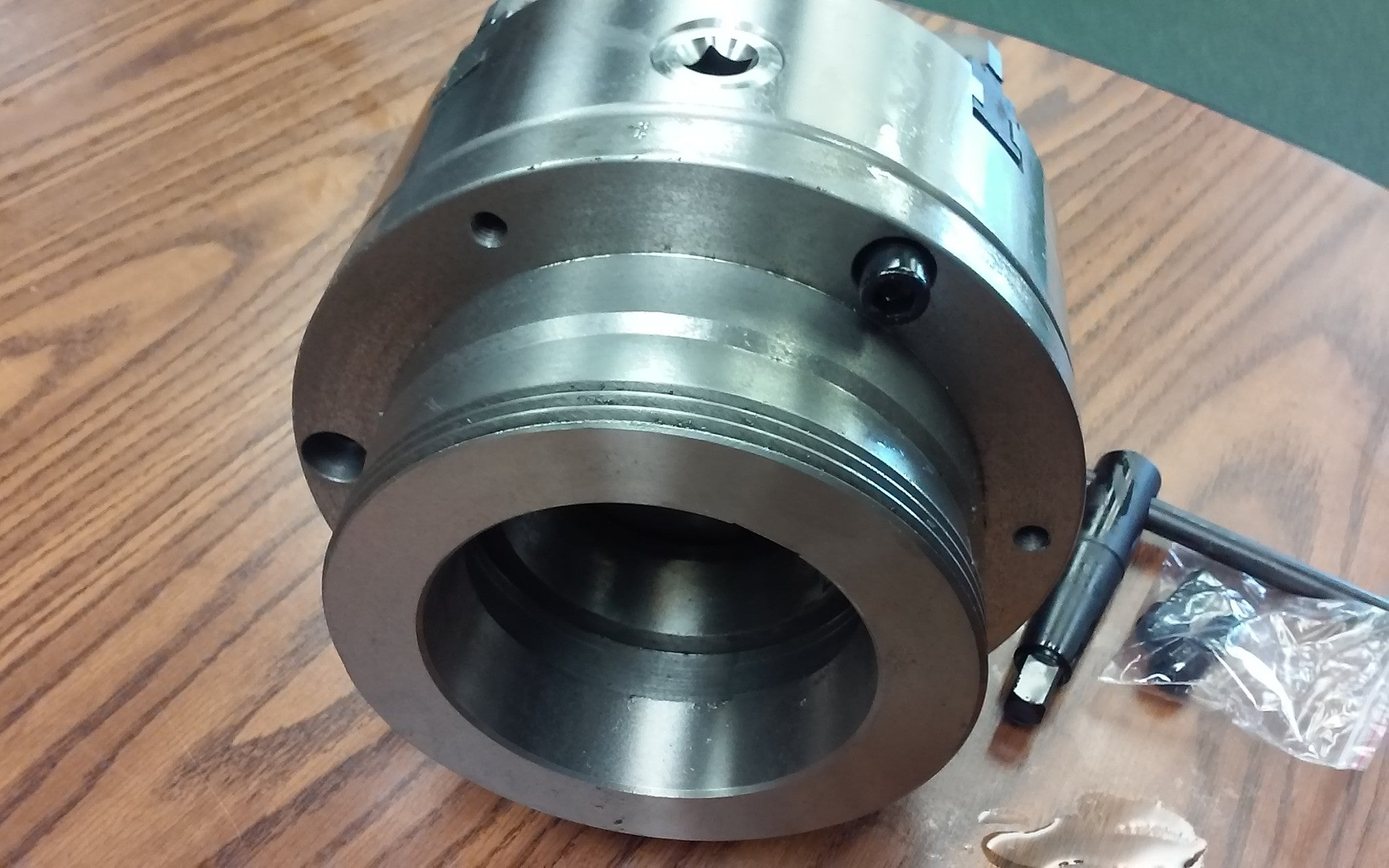 """8/"""" 4-Jaw Self-Centering  Lathe Chuck top/&bottom jaws w L1 adapter plate-new"""