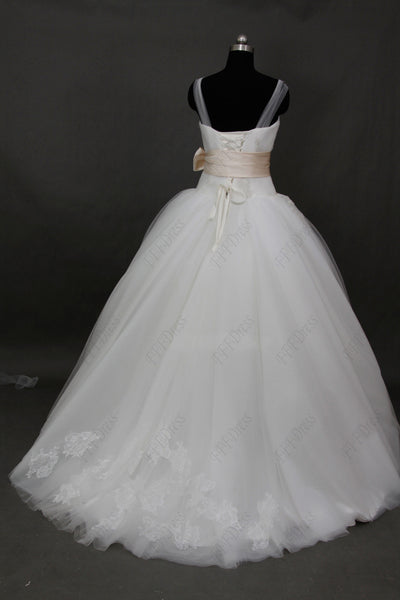 Sweetheart Beaded Princess Wedding dresses with straps