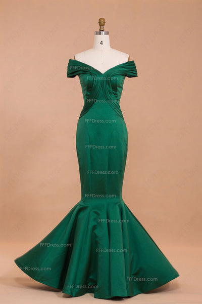 Mermaid emerald green off the shoulder prom dresses long