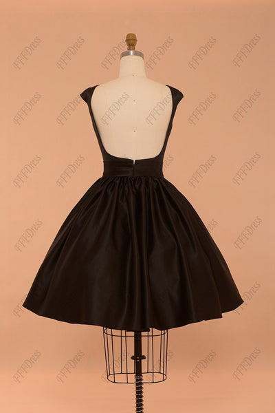 Black backless prom dresses short with embroidery