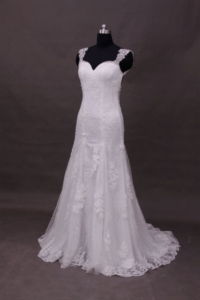 Cyrstals Beaded Backless Lace Wedding Dresses