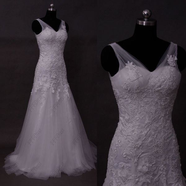 V neck lace trumpet wedding dresses