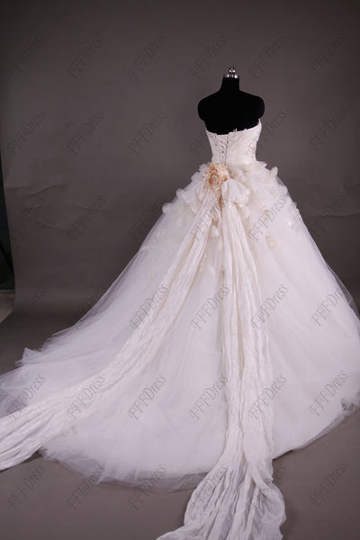 Flowers princess wedding dresses with long train