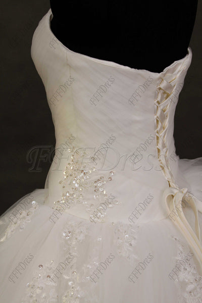 Sweetheart beaded princess wedding dresses