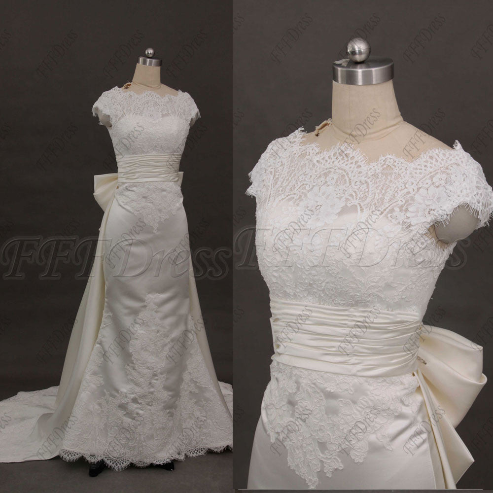 Mermaid Ivory Lace Wedding Dresses with train