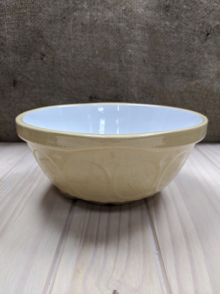 Small Vintage Country Kitchen Mixing Bowl