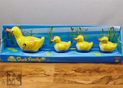 Family and Company- Duck Family Wind Up