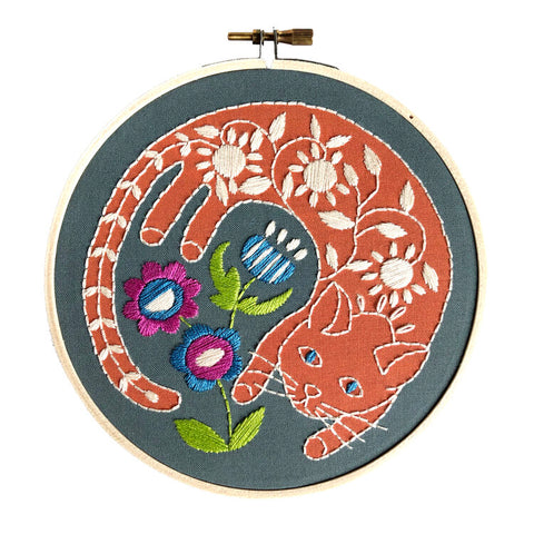 Garden Cat Embroidery Kit -- RikRack Embroidery