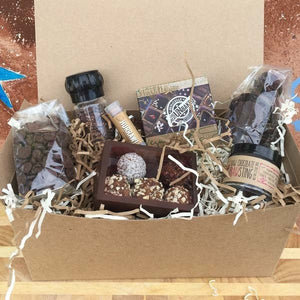 Raw Chocolate Lovers Gift Box - The Great Unbaked
