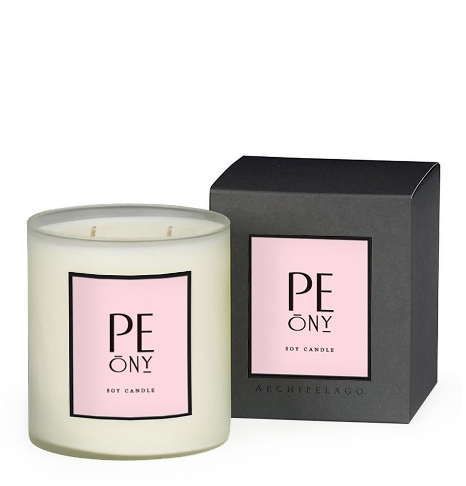 Pink Peonies, Floral Muguet, and Narcissus Petals are combined to create the graceful floral fragrance in our Peony Boxed Candle.