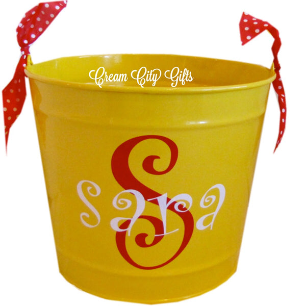 Curly Q Monogram Bucket