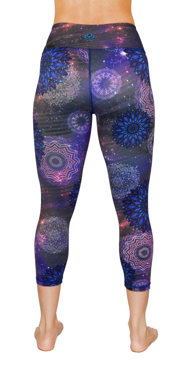 nova yoga legging capris back
