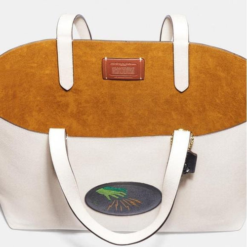 Wizard of Oz Coach Highline Tote (Chalk/Gold) Tote Handbags