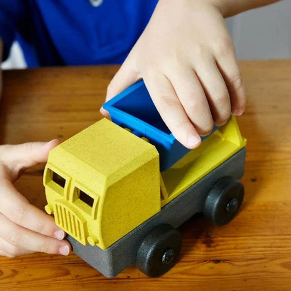 Luke's Toy Factory - Yellow/Blue Tipper Truck | Mapamundi Kids