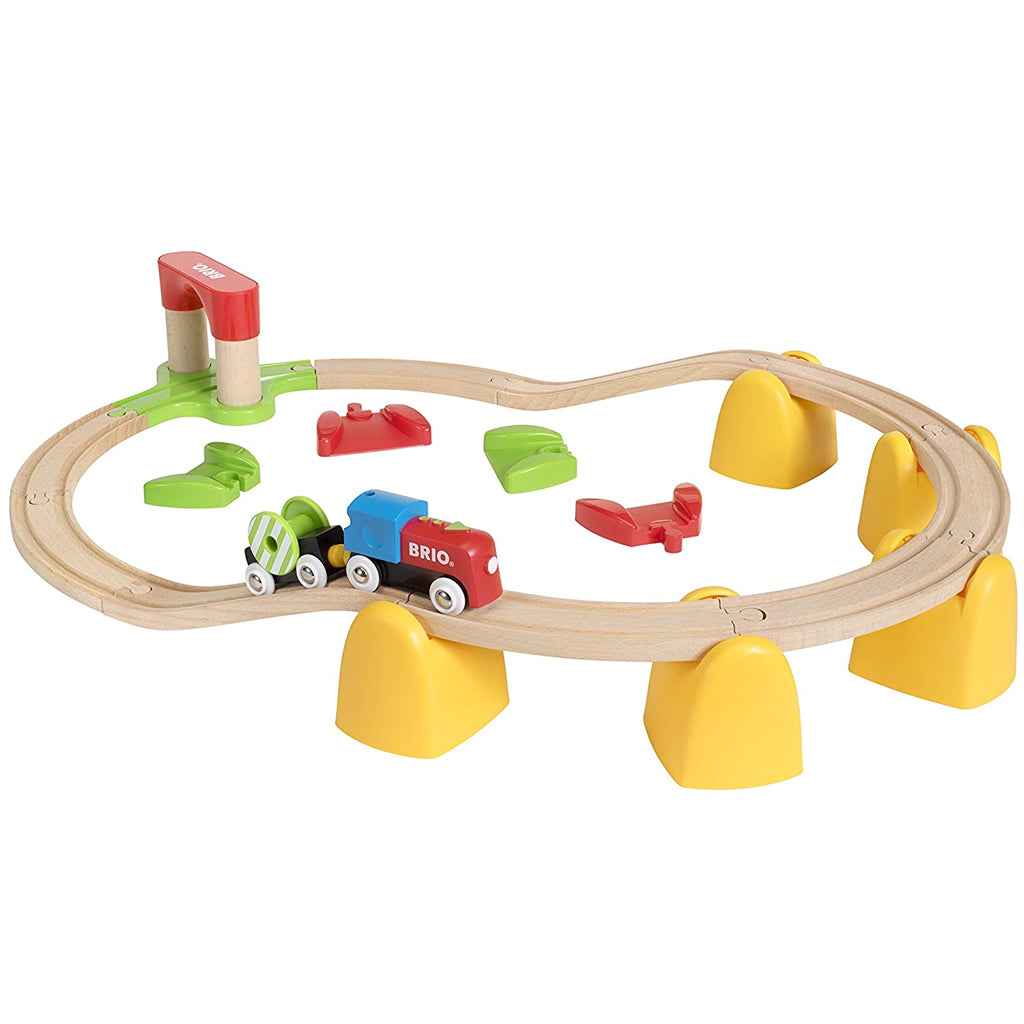 BRIO - My First Railway Battery Train Set 33710 | Mapamundi Kids