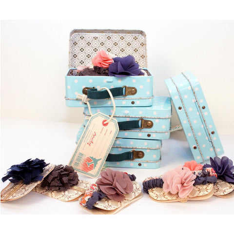 Maileg - Suitcase with 7 Hair Accessories - Designed in Denmark