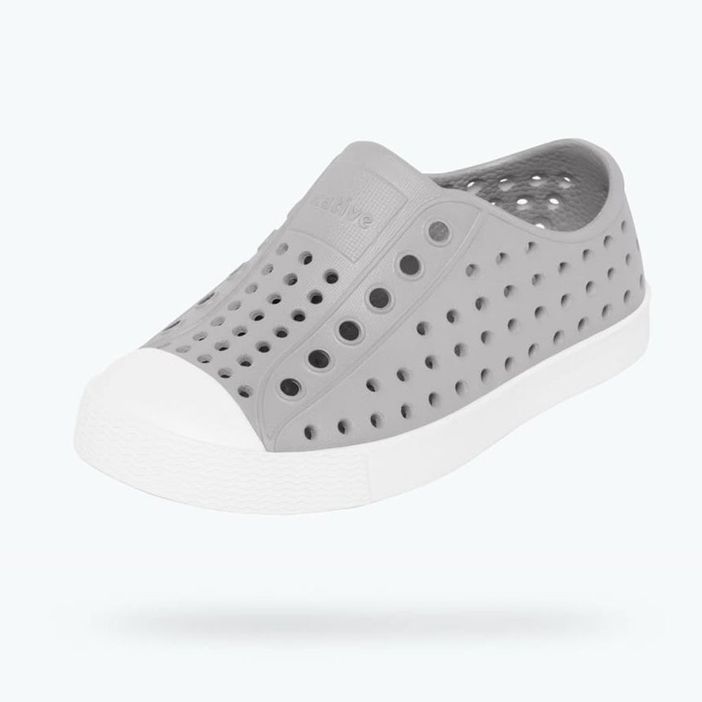 native shoes jefferson child pigeon grey white side