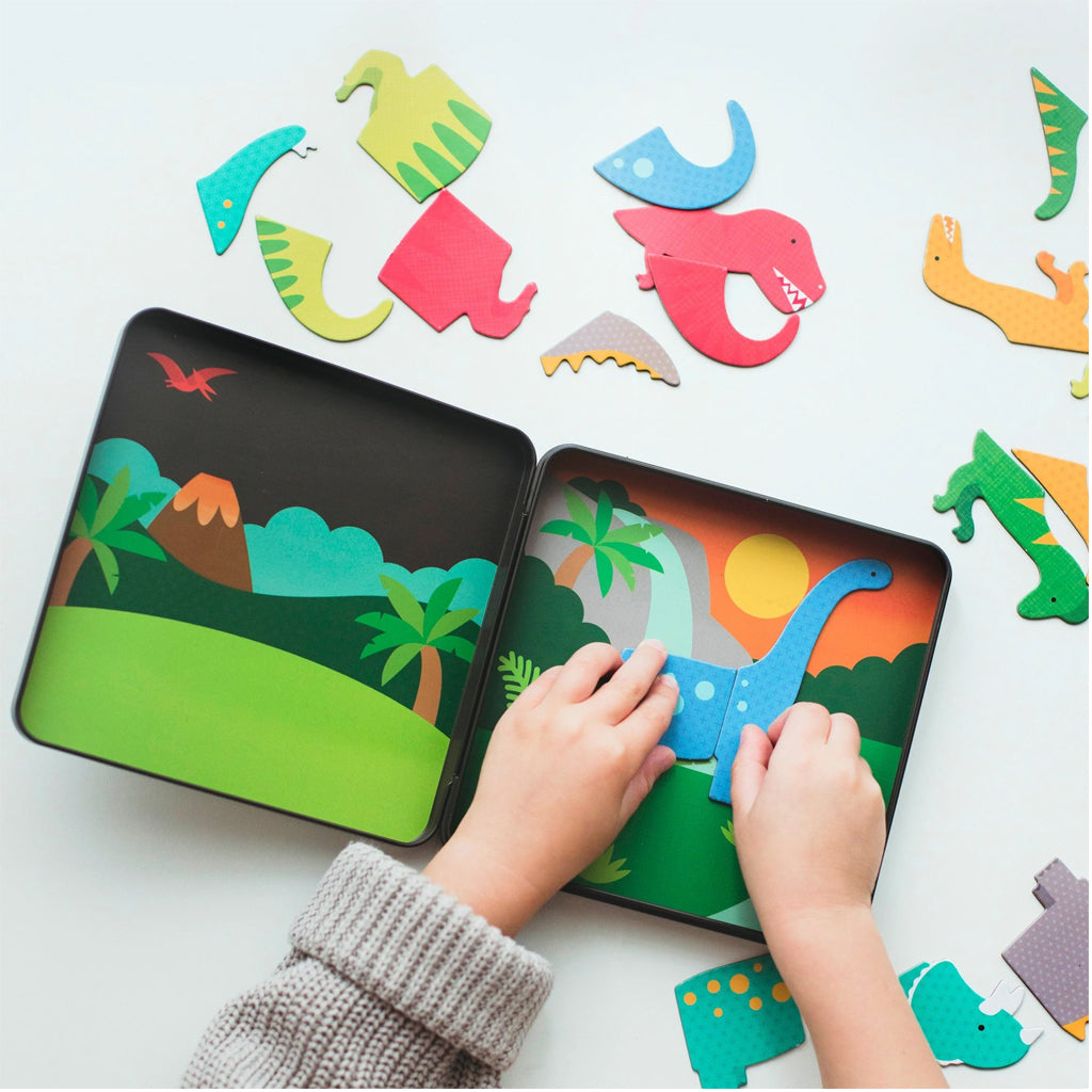 Petit Collage - Magnetic Play Set- Dinosaurs | Mapamundi Kids