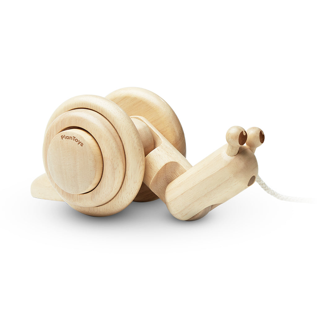 Plan Toys - Pull Along Snail - Natural | Mapamundi Kids