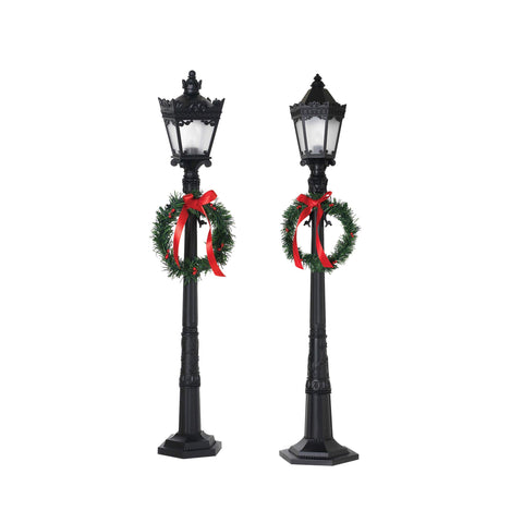 Set of 2 Dickens Christmas Street Lamps 26 Inches High- Black With 4 and 6 Frosted Panes