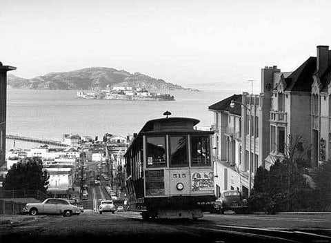 San Francisco Cable Car Alcatraz Wood Sign 18x24 (46cm x 61cm) Planked