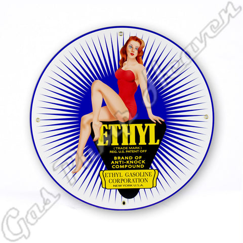 Ethyl Pin-Up 12