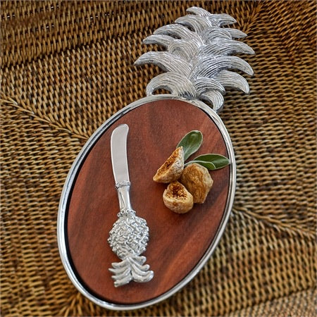 Mariposa Pineapple Cheese Board & Spreader Set