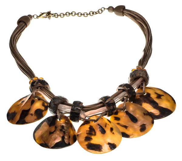 Barbara Seashell Necklace - Quan Jewelry