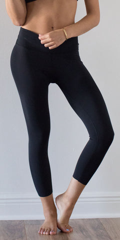 BLACK | Flex Capri