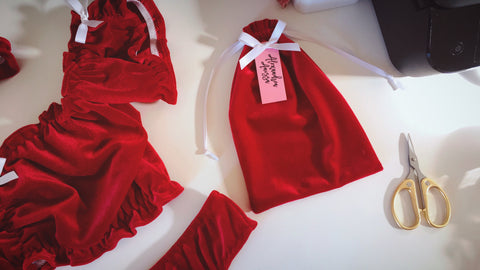 Velvet Lingerie Set - Red