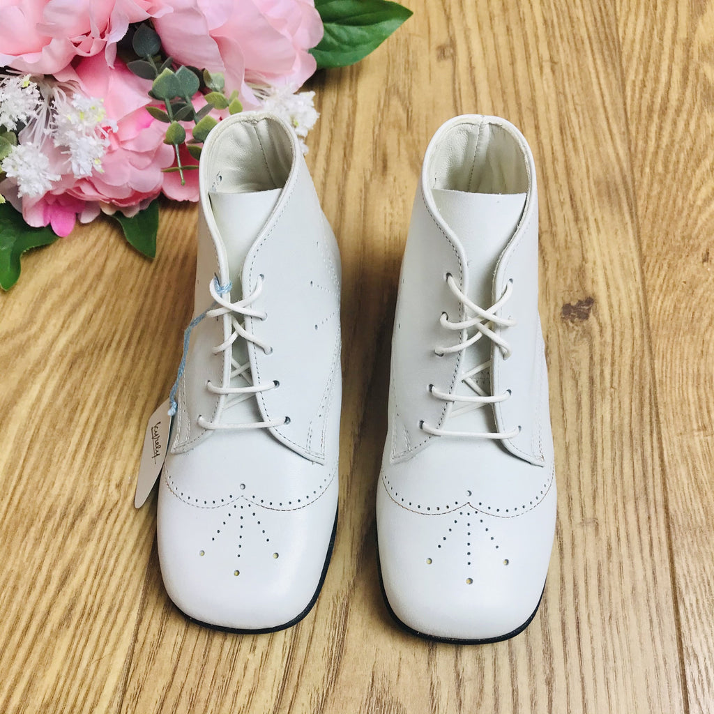 Deadstock 1970's Baby / Toddler White Walkers Made in France EU 23-25-Shoes-Petit Pays Vintage