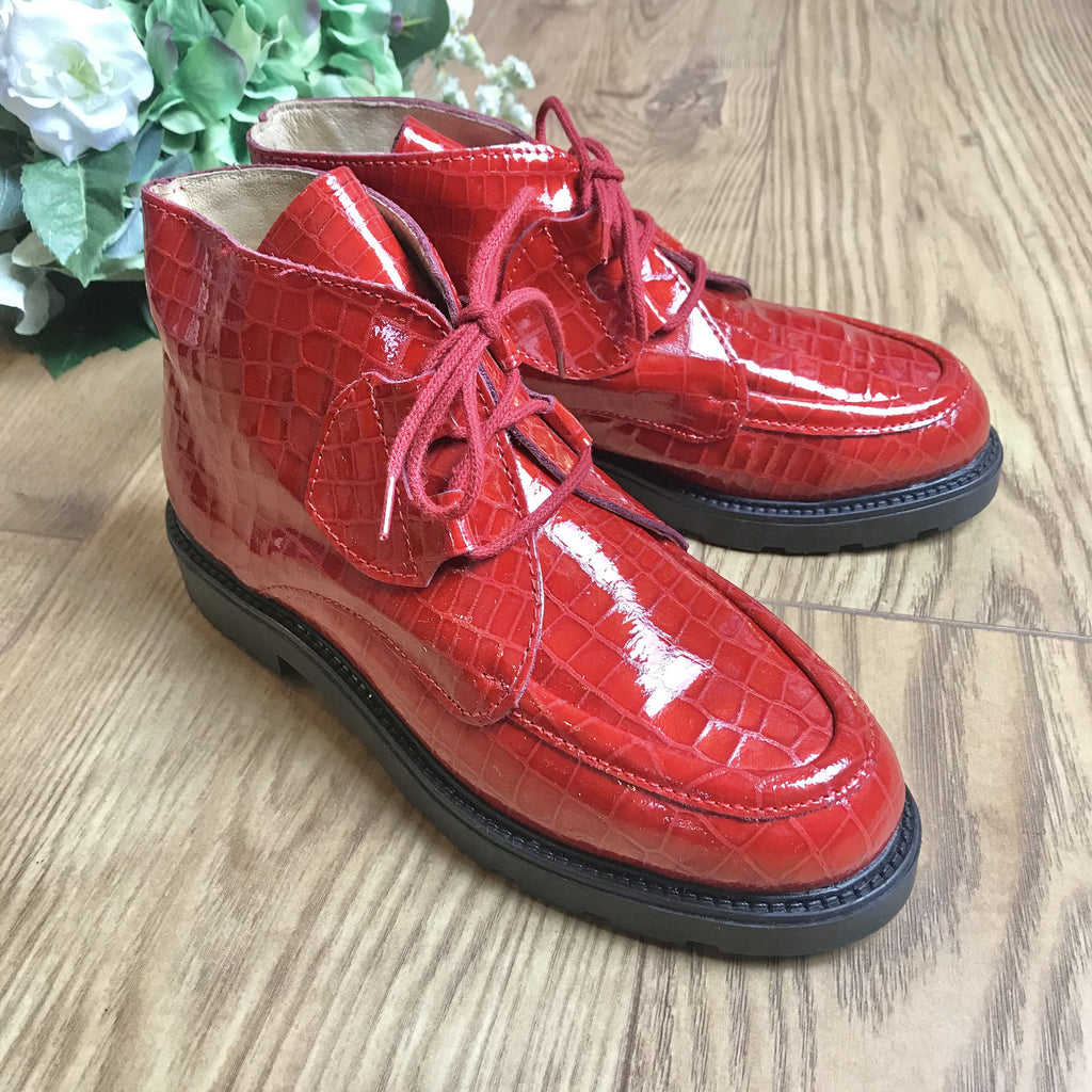 Deadstock 1970's Children's Red Patent Leather Low Boots Made in France EU34-Shoes-Petit Pays Vintage