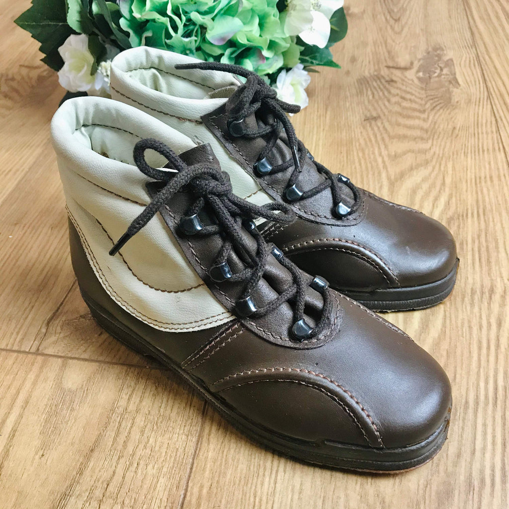 Deadstock 1970's Children's Cosy Brown Lined Vegan Low Boots Made in France EU 34-Shoes-Petit Pays Vintage