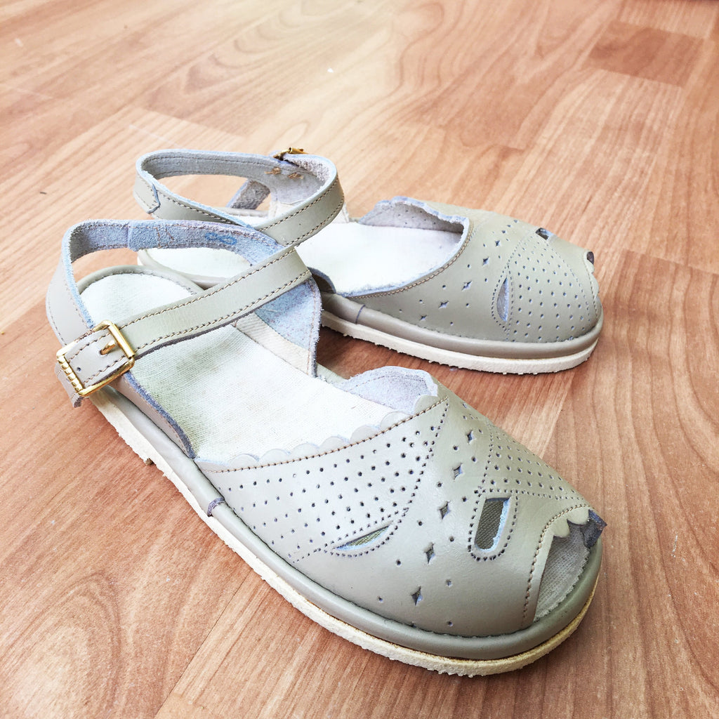 50's Vintage Grey Leather Open Toe Sandals New Old Stock Made in France EU 28, 29-Shoes-Petit Pays Vintage