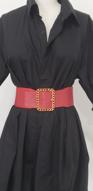 Belt With Golden Chain Buckle