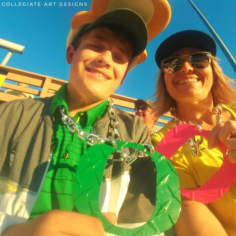 Cardoza O Chain Green and Pink Game Day Oregon Ducks