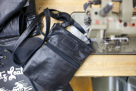 Loopt classic leather handbag being made