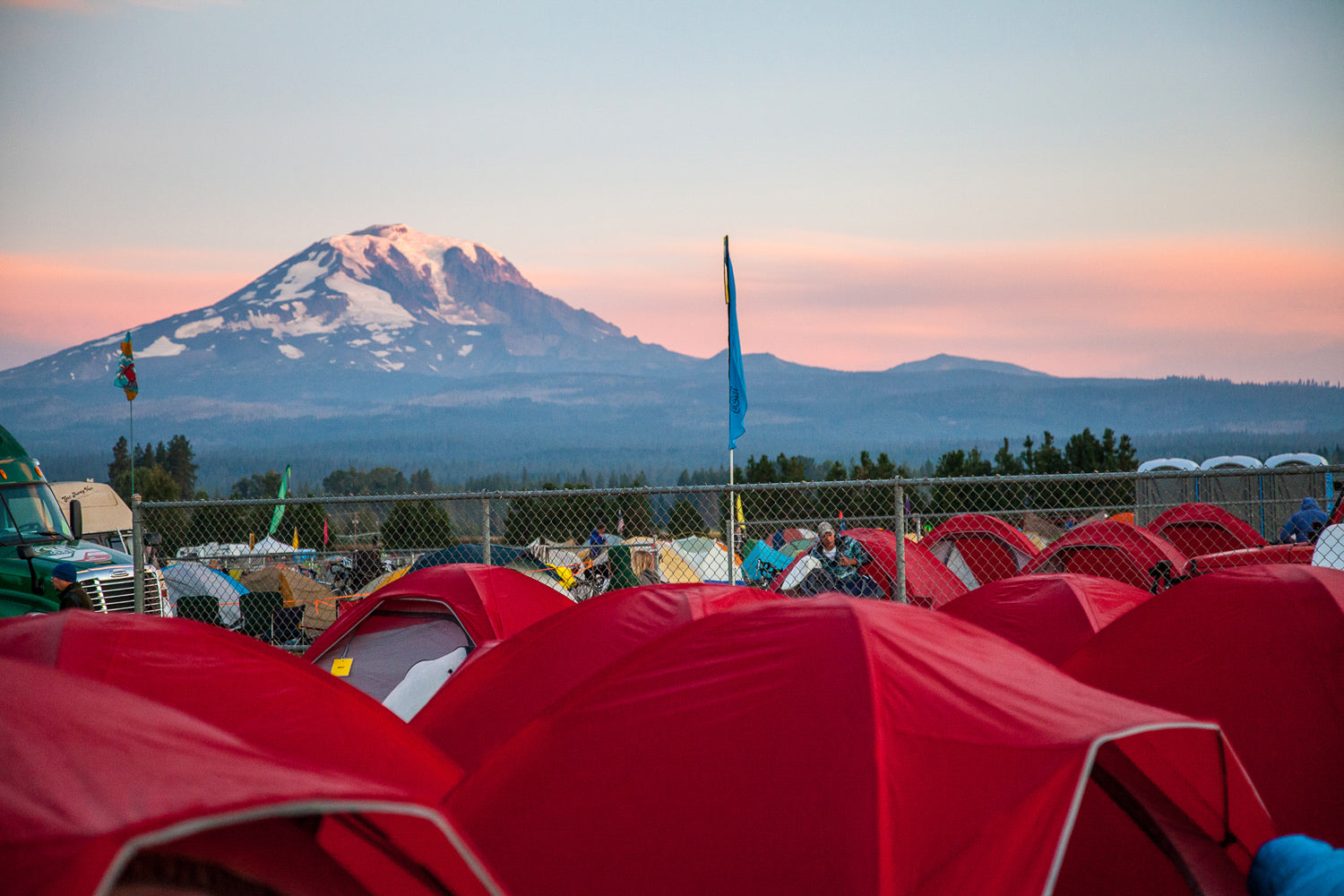 a sea of tents at cycle oregon