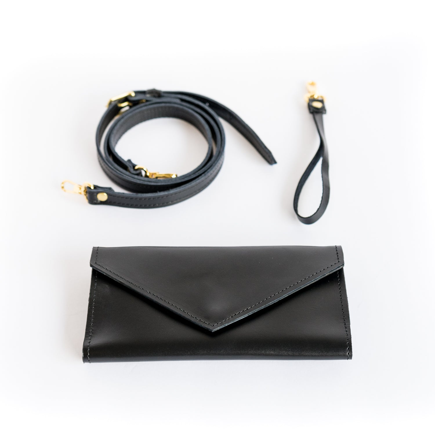 La Vallée Black Leather Wallet Clutches - Looptworks