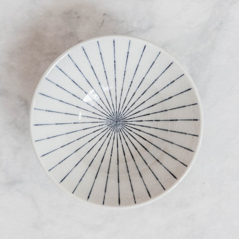 Blue and White Painted Spindle Plate