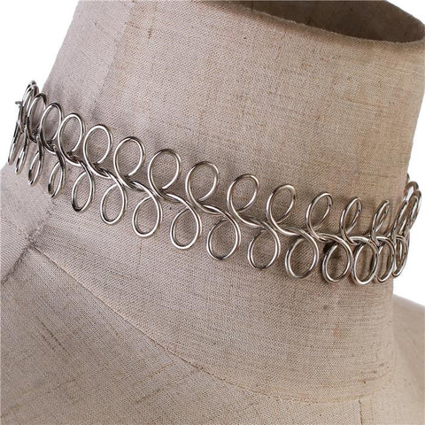 Silver Interlocked Metal Choker