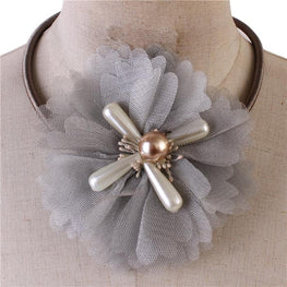 Gray Flower Choker