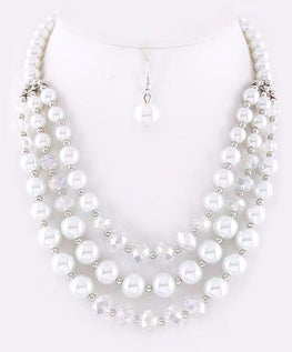 White Tri Pearl Necklace Set