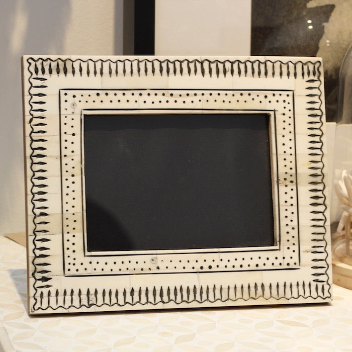 Arrows Photo Frame