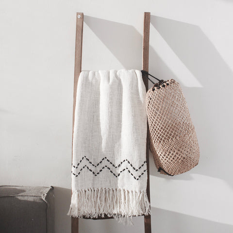 Theo Throw Blanket - White/Black